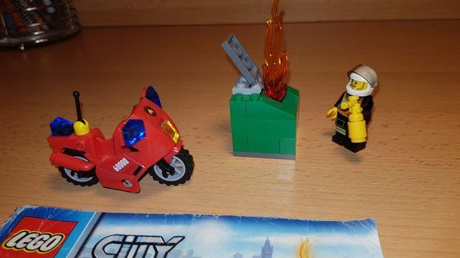 Lego City 60000 motocykl straży pożarnej