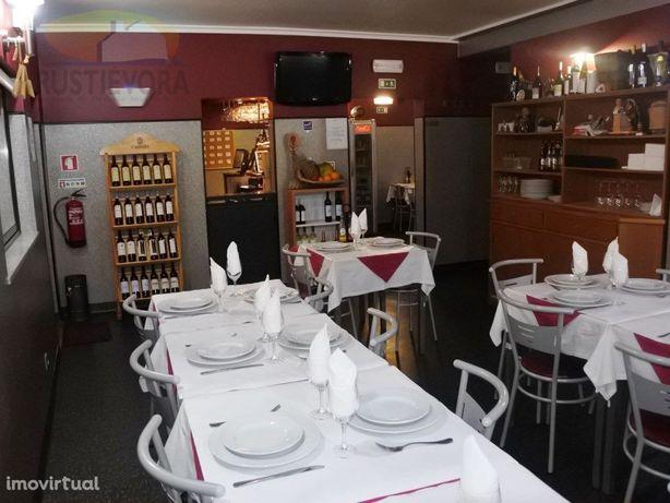 Restaurante totalmente mobilado e equipado | em Évora | c...
