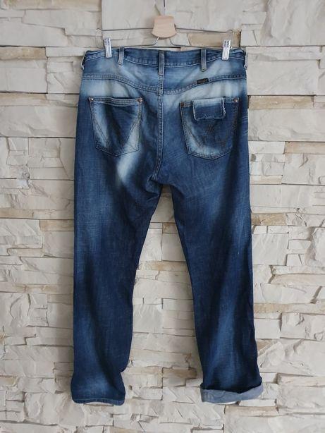Wrangler Dayton 32 / 32 spodnie męskie idealne