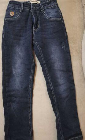 Теплые джинсы для мальчика 116 см