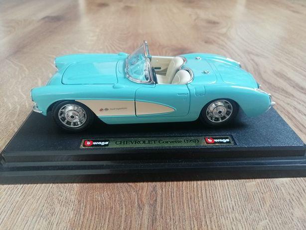 Chevrolet Corvette 1957 Bburago 1:24