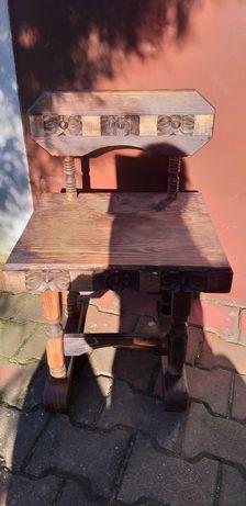 Krzesło, stołek drewniany, drewno, rzeźba