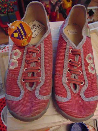 Buty dziewczece do szkoły i nie tylko rozmiar 32 NOWE!