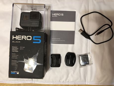 Gopro hero 5 black , 2 baterie