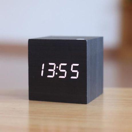 Relógio Digital Cubo Madeira Despertador Termómetro LED NOVO