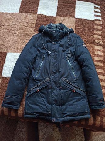 Куртка теплая зимняя на мальчика 38 размер