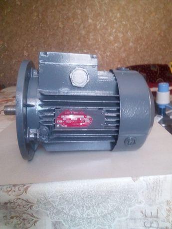 Мотор 1.1 квт 3000 об АИР 71В2 электродвигатель электромотор двигатель