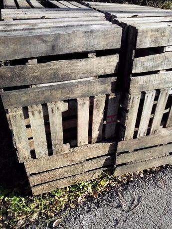 Caixas de madeira antigas