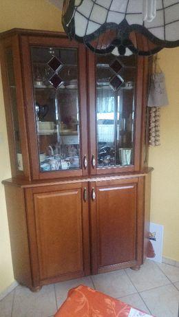 Witryna kuchenna - stylowy kredens, serwantka