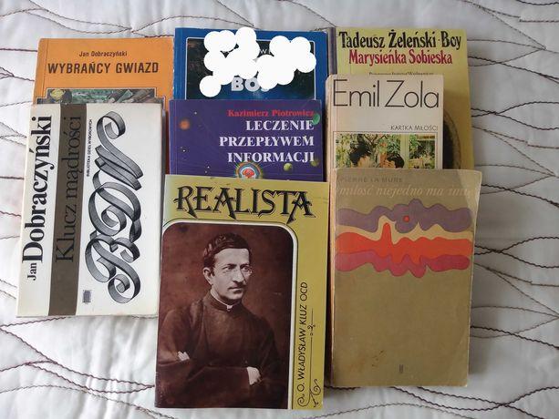 Książki 7 sztuk, całość 20 zł.