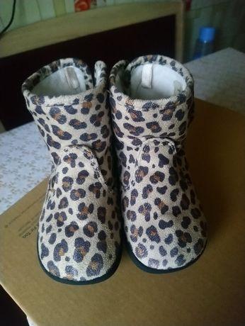 Дитяче демісезонне взуття - чобітки H&M 22 розмір