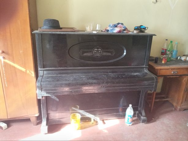 Пианино 1930-е Красный Октябрь, самовывоз Харьков
