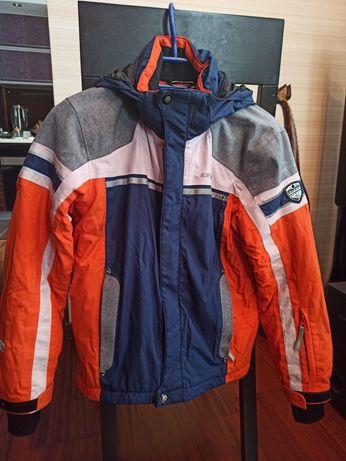 Куртка на мальчика, рост 140 см, 9-10 лет