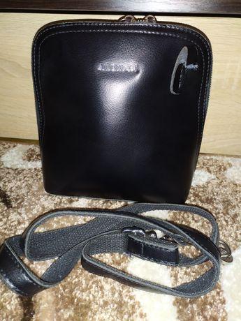 Кожаная сумочка,клатч ALEXRAI