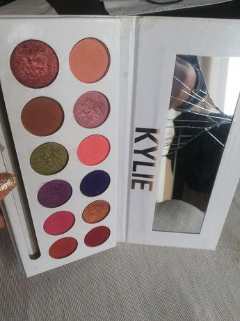 Cienie do powiek Kylie paleta