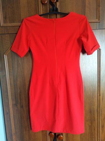 Красное платье на девочку