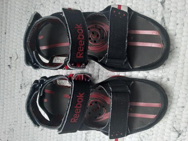 Sandały reebok używane