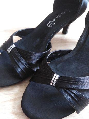 czarne sandałki satynowe rozm. 39 Boshimao