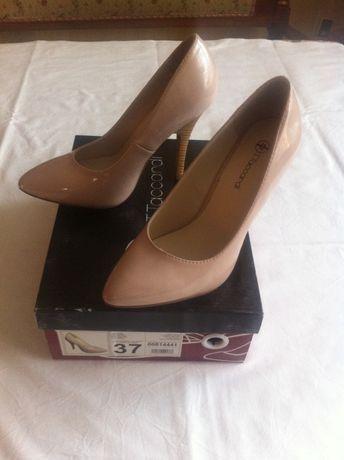 Туфли женские новые.