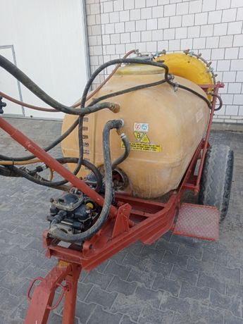 opryskiwacz sadowniczy ślęza pilmet 1000 L