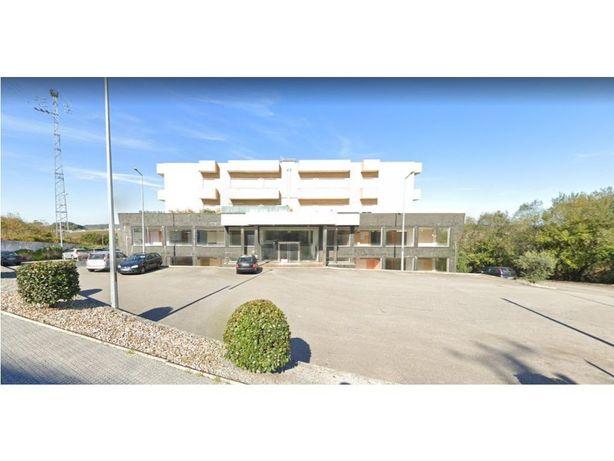 Apartamento T2+1 com lugar de garagem, em Avidos - Vila N...