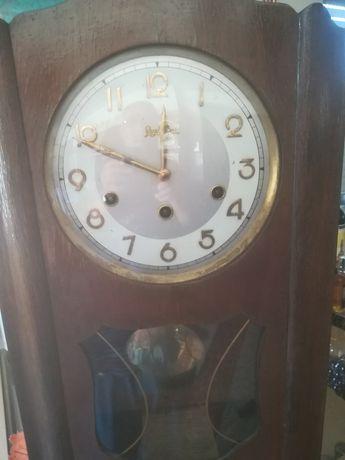 Relógio antigo de sala