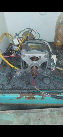Продам двигатель с стиральной машинки