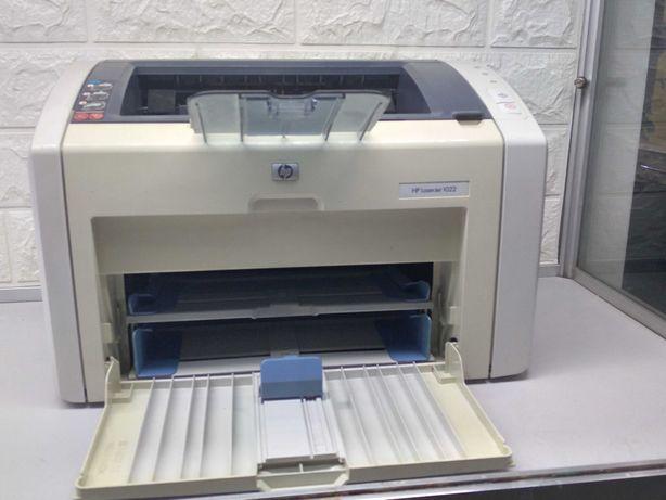 HP LaserJet 1018 в хорошому стані, заправлений