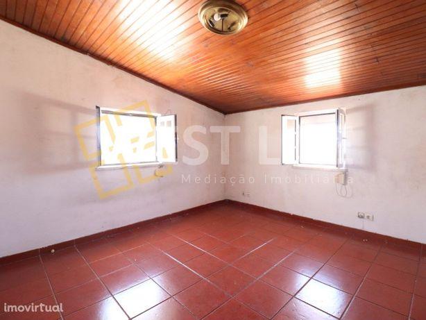 Moradia em Ericeira - Moradia Isolada T2 + T1 num lote de...