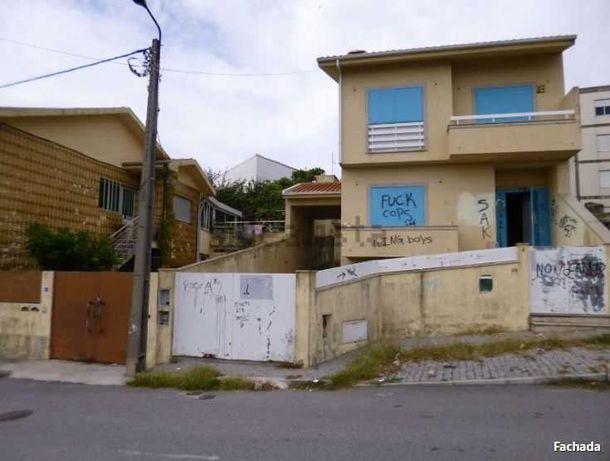Moradia T4 em Rio Tinto