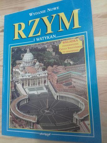 Rzym i Watykan Książka przewodnik bogato ilustrowana zdjęciami