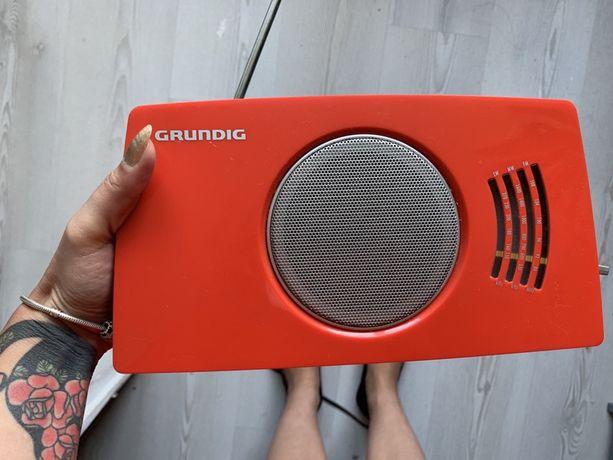 Śliczne retro radio Grundig