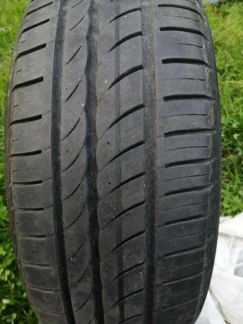 Komplet opon Pirelli 195/65 R15