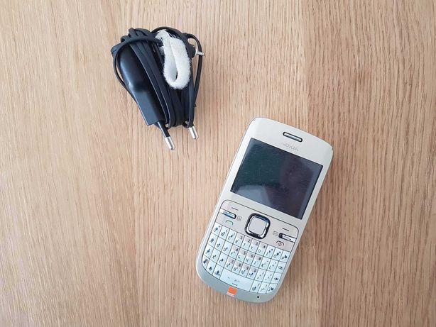 Telefon Nokia C3, sprawny + ładowarka