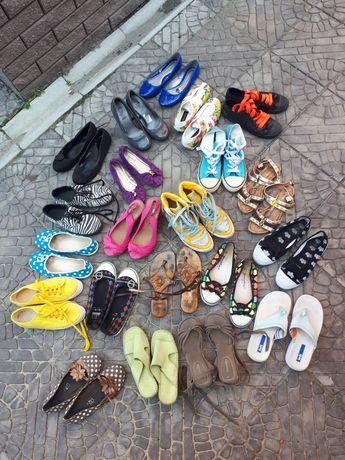 АКЦІЯ!!! Пакет літнього взуття 36-36.5 розмір кеди мокасіни тапочки