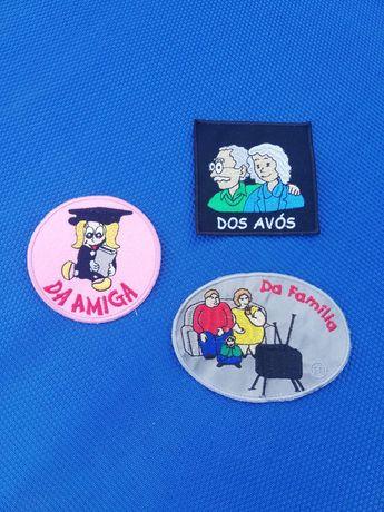 Emblemas para capa do traje académico