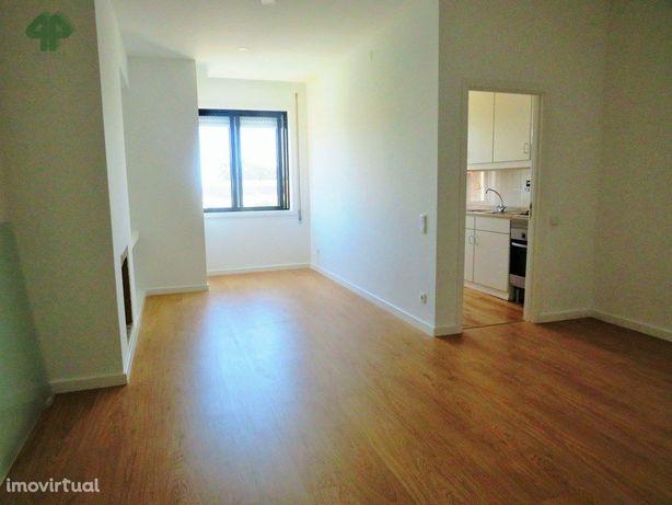 Apartamento T1 totalmente renovado, com lugar de garagem ...
