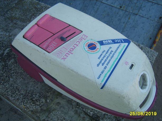 0dkurzacz electrolux 1100 W
