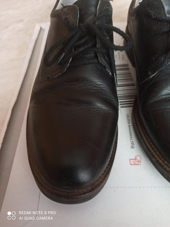 Туфли бартек р. 39