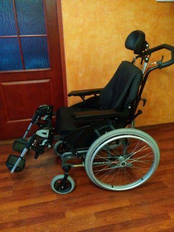 Wózek inwalidzki firmy Handlcare