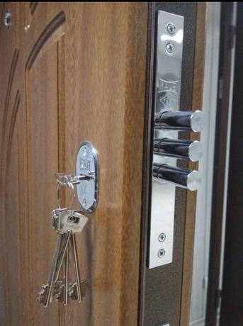 Входные двери металические с накладками