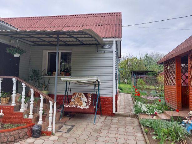 Продам дом на Богунии