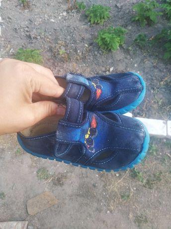 Лот обуви на мальчика