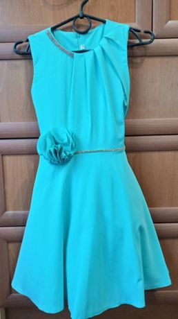 платье р.140 (10-11 лет)