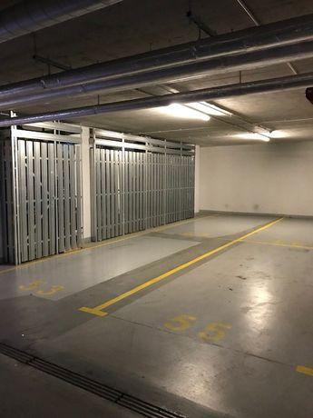 Garaż, 4 miejsca garażowe Warszawa Wilanów, z komórką