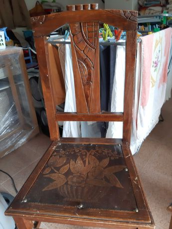 Cadeiras antigas para restaurar