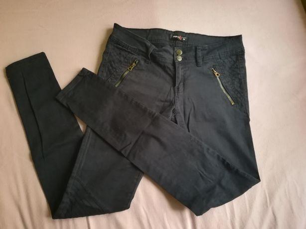 Granatowe spodnie rozm. M