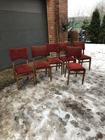 Stare krzesła Rajmund Hałas motylki