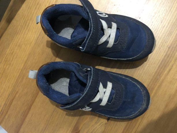 Продам очень стильные кроссовки  Oshkosh