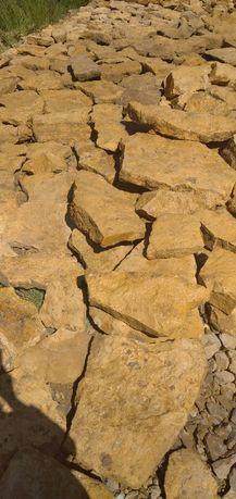 Sprzedam kamień naturalny piaskowiec, różne rozmiary małe, duże